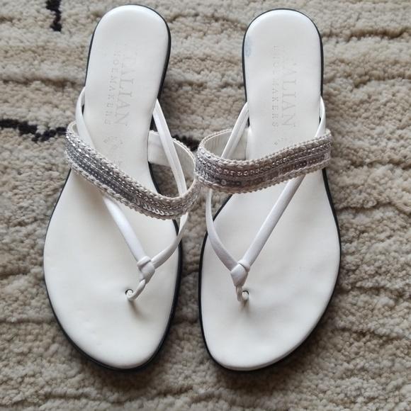 c397b0ecb844 Italian Shoemakers Shoes - Italian Shoemakers Thong Sandals